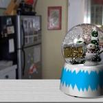 snow globe 0